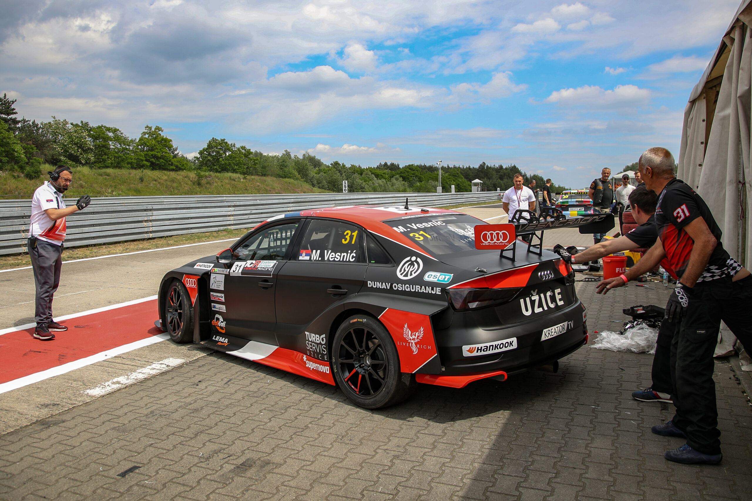 My car is finally working, says Vesnić after qualifying